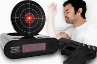 """Часы будильник мишень и пистолет """"Gun Alarm Clock"""""""
